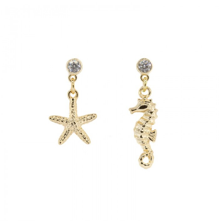 PENDIENTES STAR & HORSE SHINE GOLD BY HELLEN