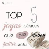 Cuál es tu básico que siempre tienes en tu joyero?💍  #joyero #joyas #joyasdesiempre #pendientesperlas #pendientes #trendy #trendyjewelry #joyasespañolas #joyasmadrid #pendientesaro #joyasacero #earrings #earcuff #collares #silvernecklace #silverrings #madrid #joyasspain