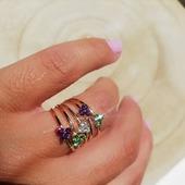 ▪️ANALA▪️ White~Green & Purple www.almabohemiajoyas.com