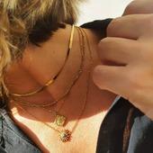 ⭐¿Qué te parecen los collares de la nueva colección de Acero?⭐ Disponibles en nuestra web. . . . #jewelry #jewellerygram #joyasmadrid #joyas #steeljewellery #silvernecklace #steeljewelry #necklaces #necklacesilver #steelnecklaces #soyAlmaBohemia #steelrings #steelbrazalet #joyasacero #acerojoyas #collaresacero #pendientesacero #trendy #trendyjewelry
