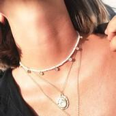 Pearls & Gold 💥 Una combinación explosiva muy al estilo #almabohemia 💓 ➡️ Si lo utilizarías coloca en los comentarios una manito arriba 🙋♀️  #SoyAlmaBohemia #joyas #jewels #jewelry #perlas #oro #design #necklace #gold #summer #Friday #fridaynight #fridayjewels #jewellerygram #jewellerydesign #disenodejoyas #joyasparafiestas #joyasparamujer #complementosdemoda #viernesmadrid #viernes #joyasspain #joyasespaña #joyasmadrid #joyasespañolas