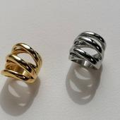🤍ANILLO MISTERY 🤍Cuéntanos.... ¿Oro o Plata?  . . . . . .   #joyas #joyasplata #trendyjewelry #instagood #instajewellery #joyitas #anillosacero #pendientesacero #pendientesplata #stainless #stainlesssteel #jewelrysaddict #joyasplata